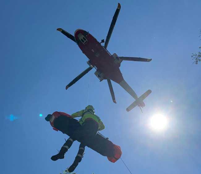 elicottero sole verricello barella