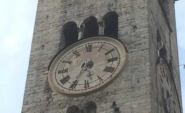 orologio campanile guasto