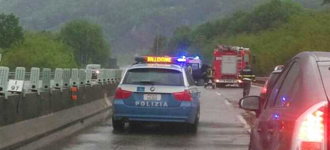 polstrada incidente superstrada vigili fuoco