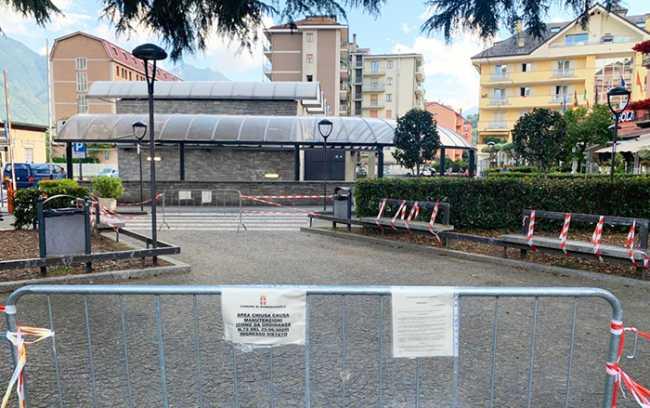 parchetto stazione vista bus
